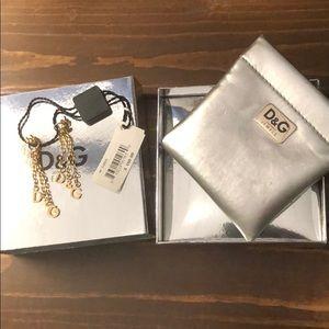 BNWT Dolce & Gabbana dangle D&G earrings